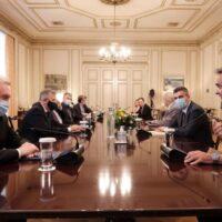 Δελτίο Τύπου 30.6.2020 | Ο Χρ. Δήμας σε σύσκεψη υπό τον Πρωθυπουργό Κυριάκο Μητσοτάκη με στελέχη της ερευνητικής κοινότητας για τον COVID-19.